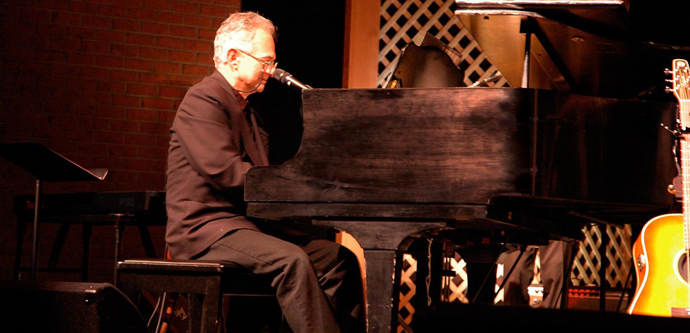 Edgar-grand-piano-1a1